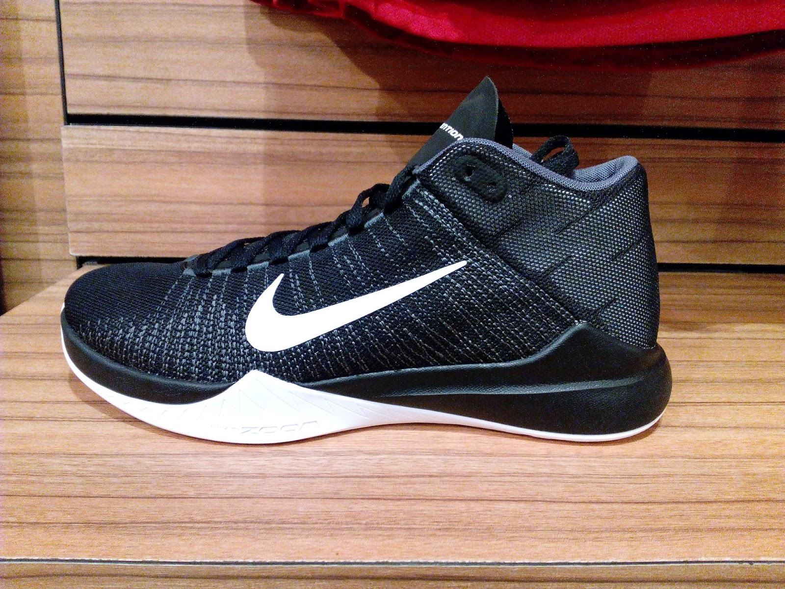 Nike Zoom Ascention Black
