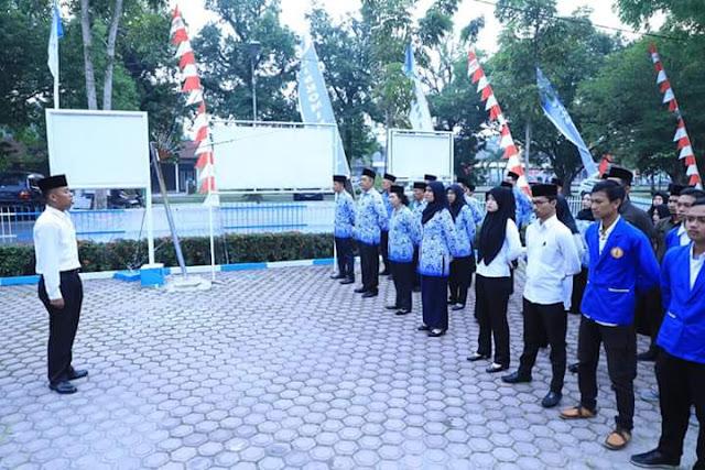 ASN di Disinfokom Asahan saat menggelar gladiresik upacara HUT ke73 Kemerdekaan RI.