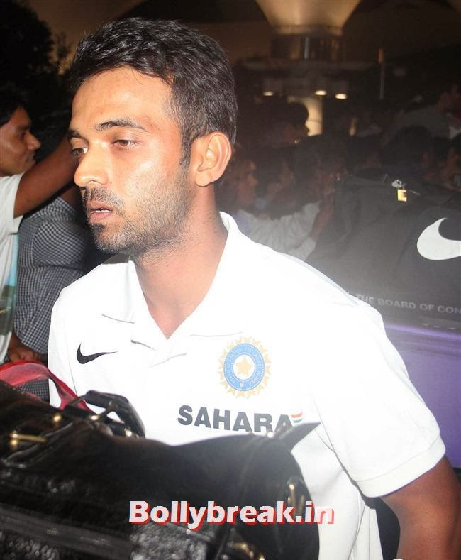 Ajinkya Rahane, Indian Cricket Team Return from South Africa at Mumbai Airport
