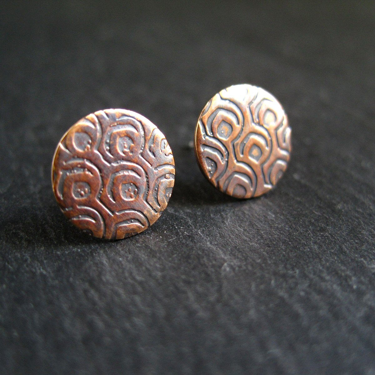 handmade bronze stud earrings © Cinnamon Jewellery 2015