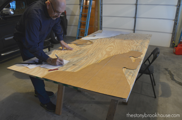 Tracing nativity scene onto plywood