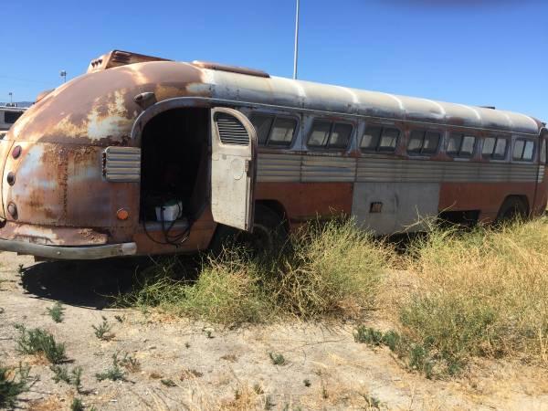 Vintage Motorhomes For Sale Craigslist >> Restoration Project Cars: Vintage Bus Project, 1947 Flxible Clipper