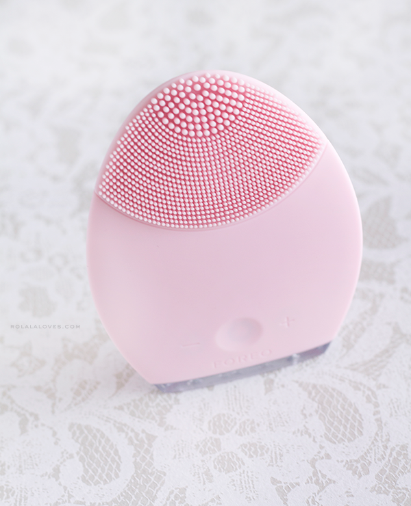 Luna by Foreo, Foreo Luna vs. Clarisonic