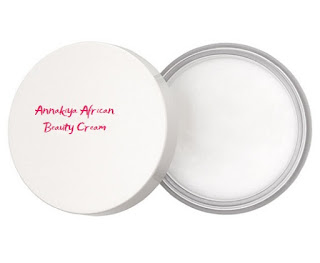 Anti-Aging Annakiya skin moisturizing facemask is the perfect African beauty cream recipe for your spa night at home.