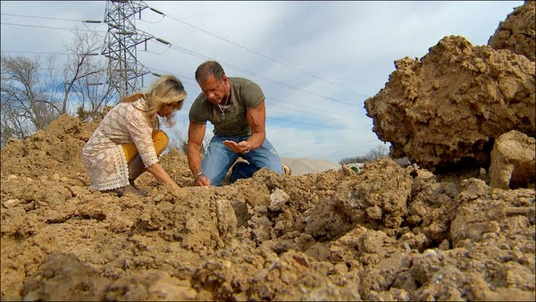Wayne and Darla Janca of Roanoke believe they discovered fragments of a meteor that fell to earth near their home on January 24, 2014. Credit: WFAA