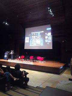 Conferencia en pabellón Gamepolis
