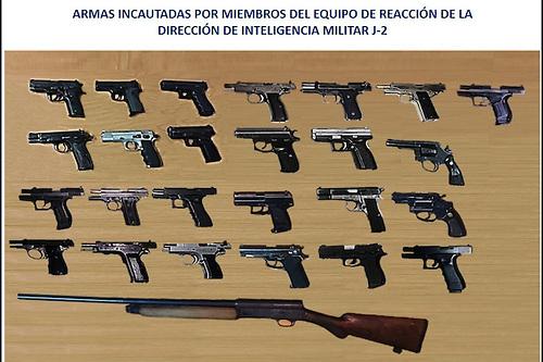 Notinotas defensa incauta 26 armas de fuego por for Porte y tenencia de armas de fuego en republica dominicana