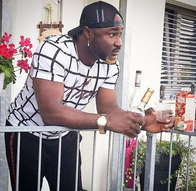 Sexy or trashy? Singer Harrysong debuts new look