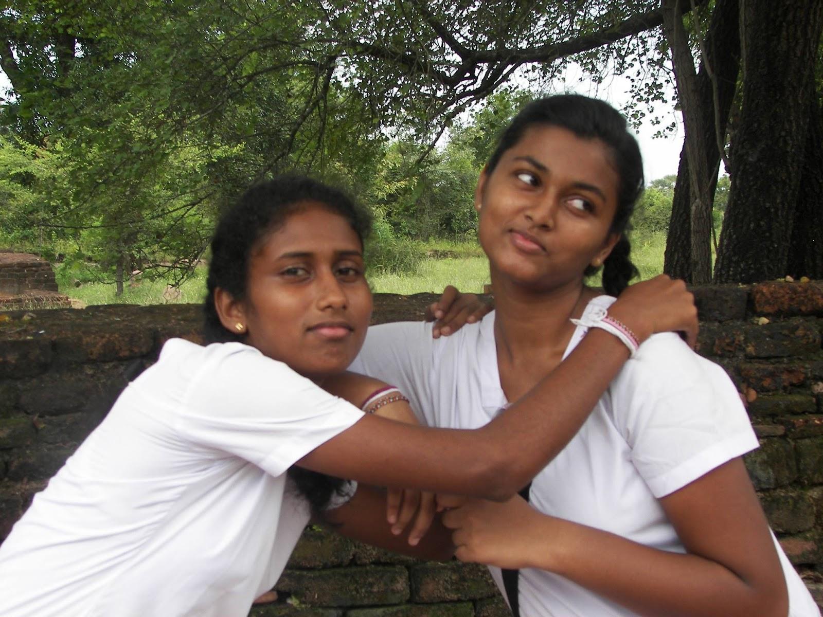 Sri Lankan School Girls - 3  Sri Lankan  Desi Indian Girls-4468