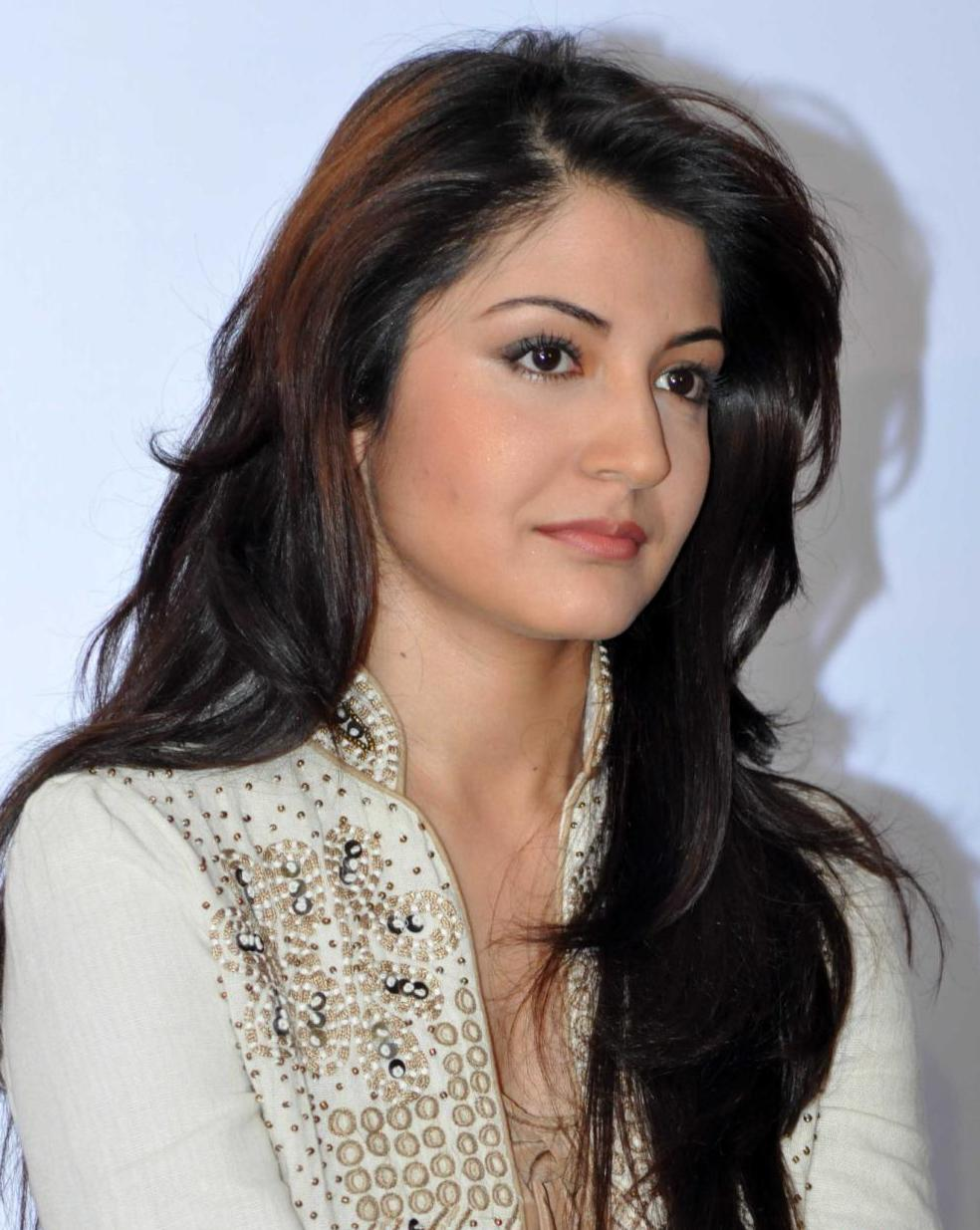 Anushka Sharma Sexy Pictures For Wallpapers Sexy Anushka -6678