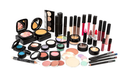 6 Tips To Help Women Spend Less on Cosmetics