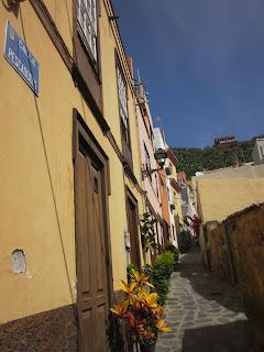 Narrow streets of Pueblo de Tazacorte