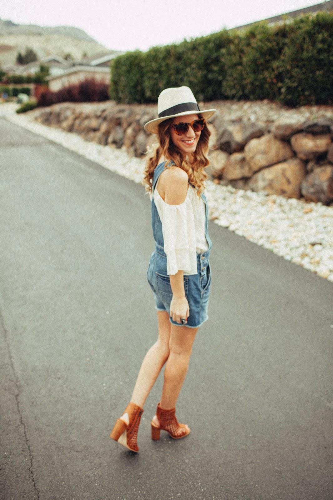 who wears shortalls