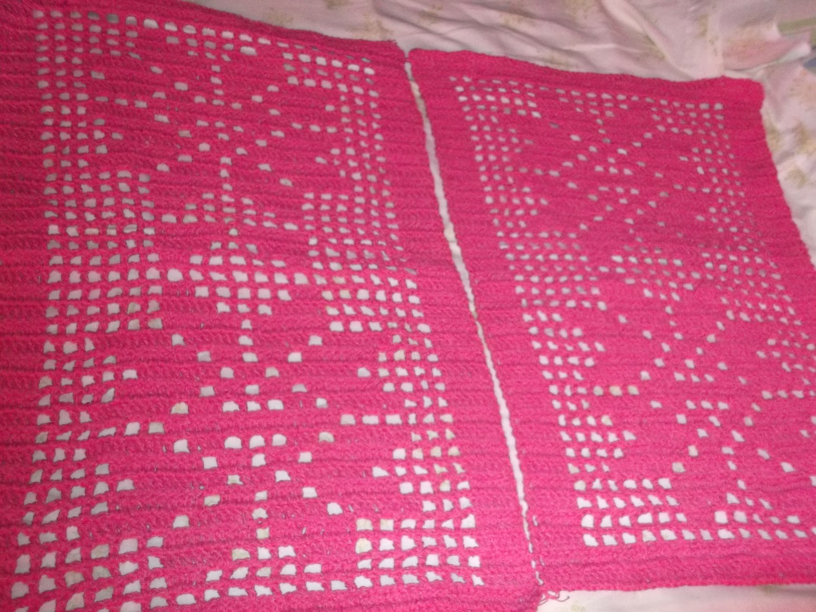 marcia tric e croch tapetes em barbante pink. Black Bedroom Furniture Sets. Home Design Ideas