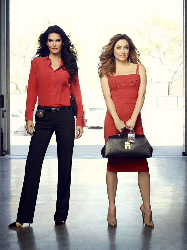 I Like to Watch TV: Rizzoli & Isles: Angie Harmon & Sasha ...