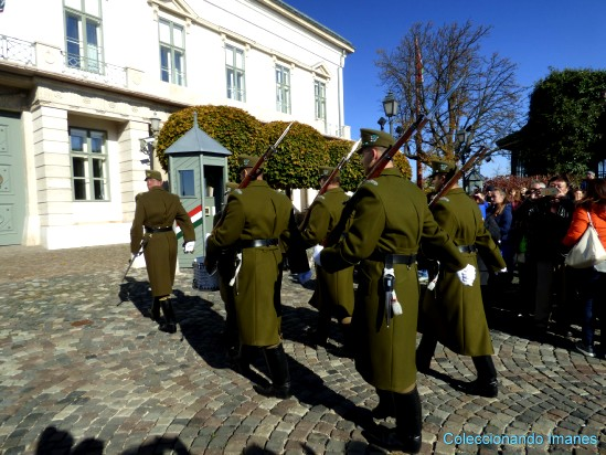Cambio de guardia en el Castillo de Buda