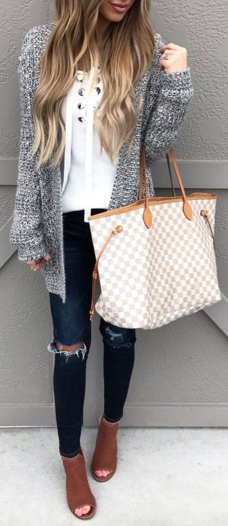fashion fall outfit idea : white lace-up sweater + plaid bag + cardigan + rips