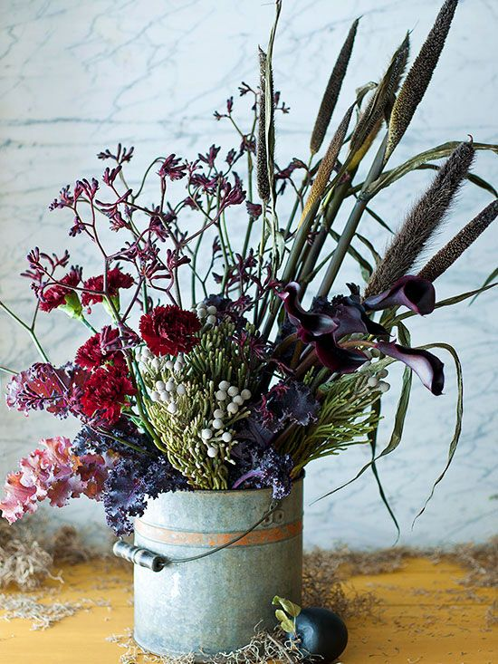 awesome fall decoration with wild flowers