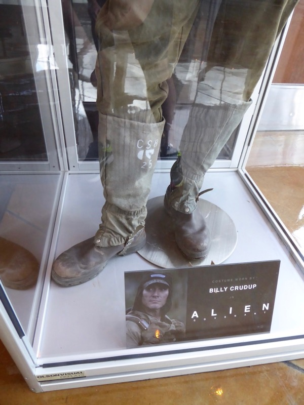 Alien Covenant Oram costume boots