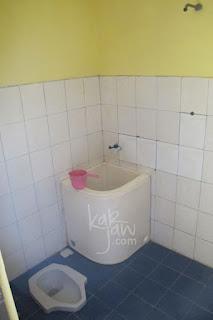 karimunjawa inn toilet