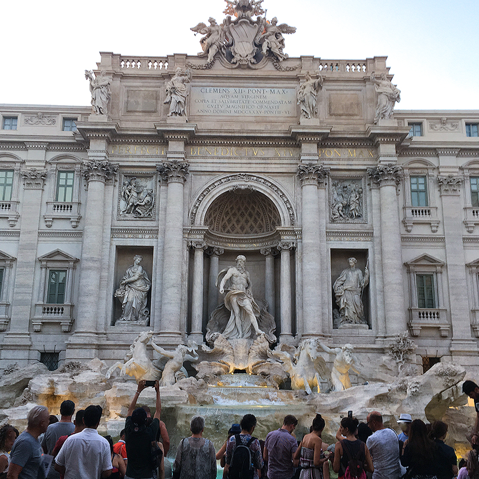 Travel to Italy, Trevi Fountain in the evening