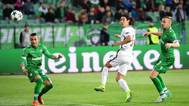 Edinson Cavani face à Ludogorets en Ligue des Champions avec le PSG