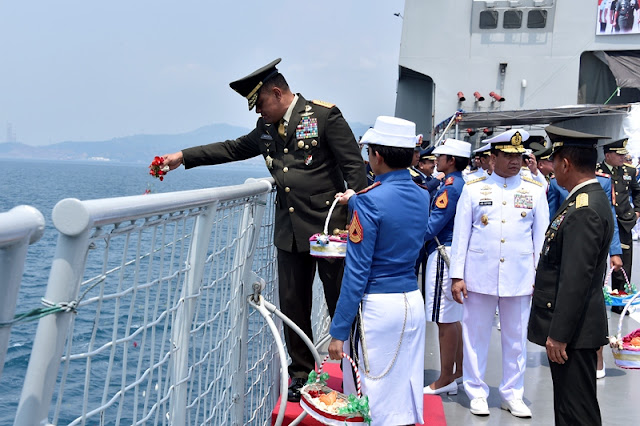 Panglima TNI Tinjau Gladi Bersih HUT ke-72 TNI Tahun 2017