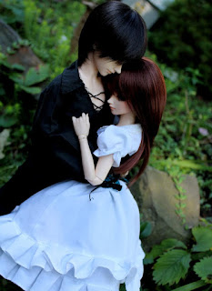 doll couple pic