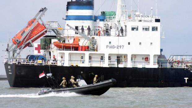 TNI AL Tangkap Perompak Tanker Berbendera Singapura