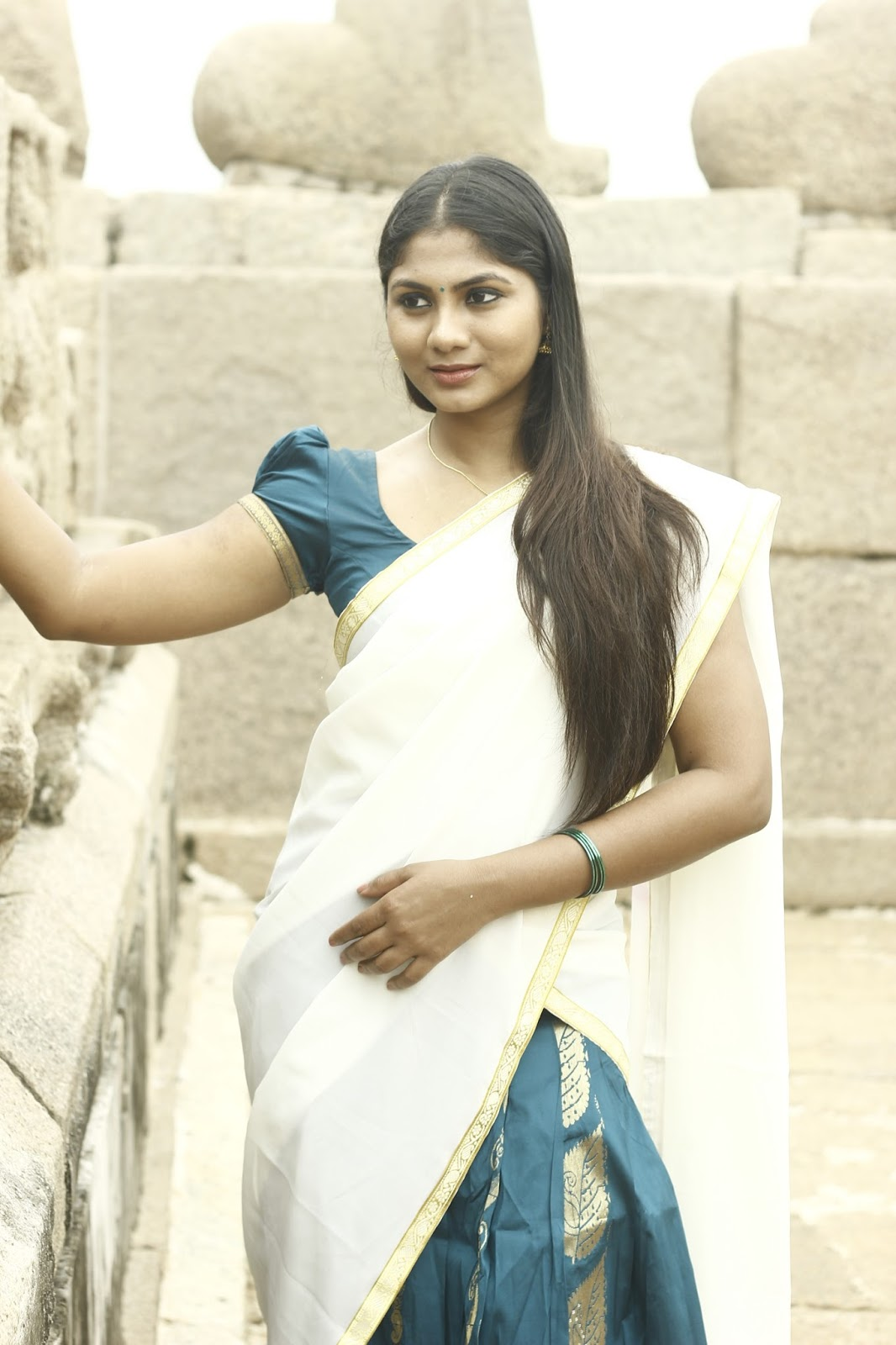 Shruti Reddy latest photos in half saree-HQ-Photo-4