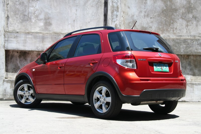 review 2012 suzuki sx4 crossover philippine car news. Black Bedroom Furniture Sets. Home Design Ideas