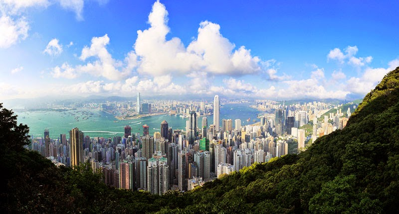 3. Hong Kong Island, Hong Kong - 7 Amazing Views That Make You Stop and Appreciate Life