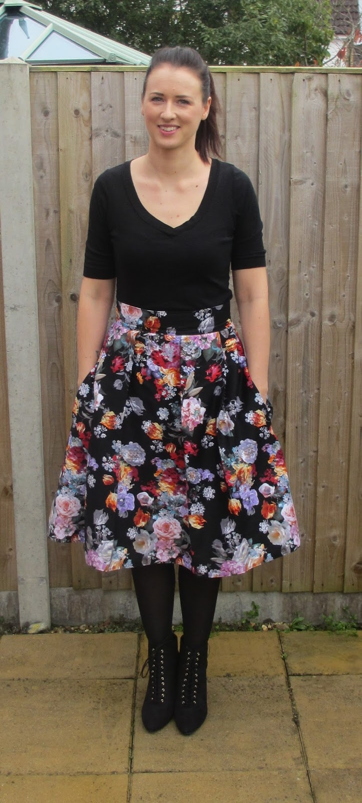 dee7e6f65 Crafty Clyde: Box Pleat Floral Midi Skirt - with Pockets!