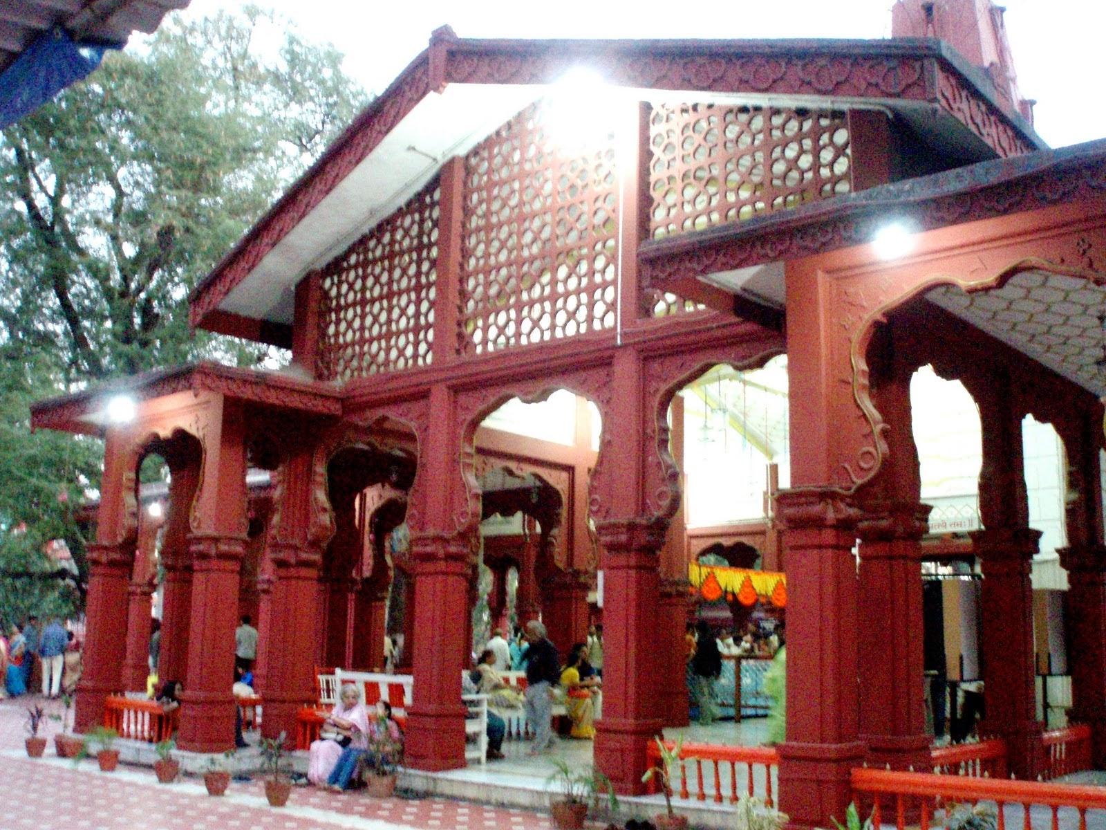 Pune Xplorer Sarasbaug Ganpati