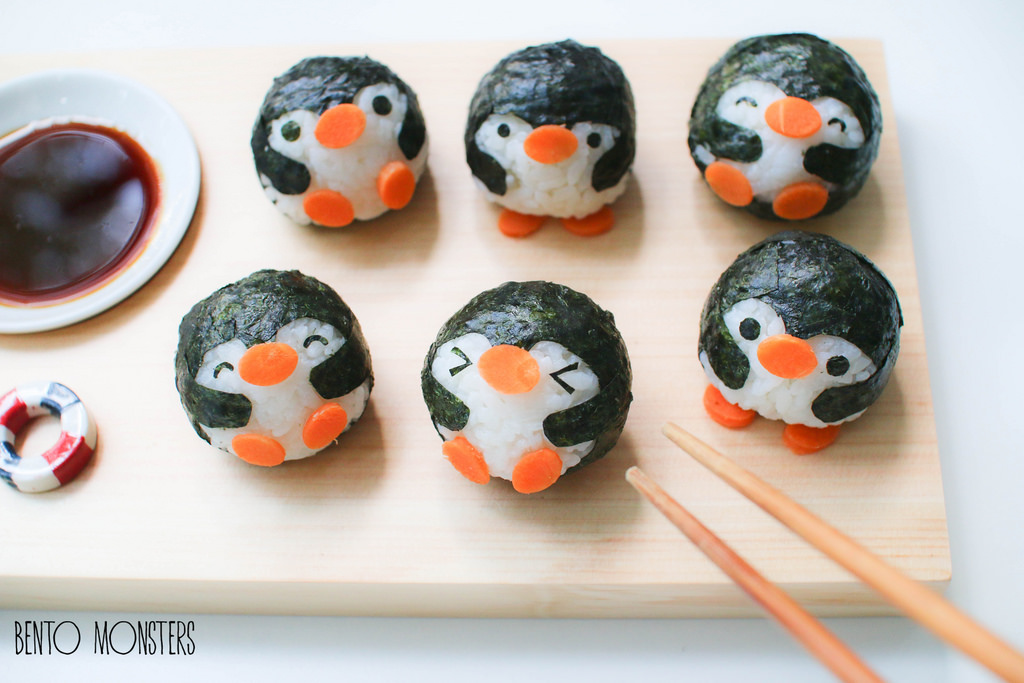 04-Penguin-Sushi-Li-Ming-Lee-Kyaraben-Bento-Monsters-Themed-Lunch-Art-www-designstack-co