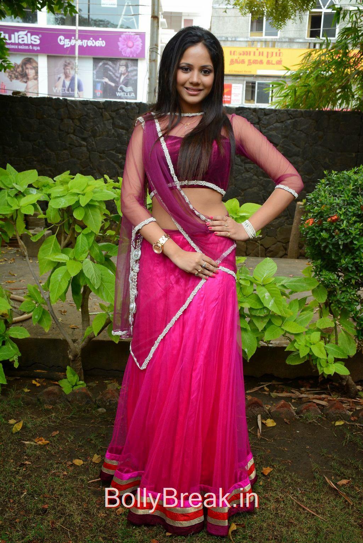 Aishwarya Dutta Stills, Aishwarya Dutta Navel Pics in Pink Saree