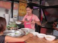 Asyik, Langgar Aturan Lalu Lintas di Thailand Gratis Semangkuk Mie