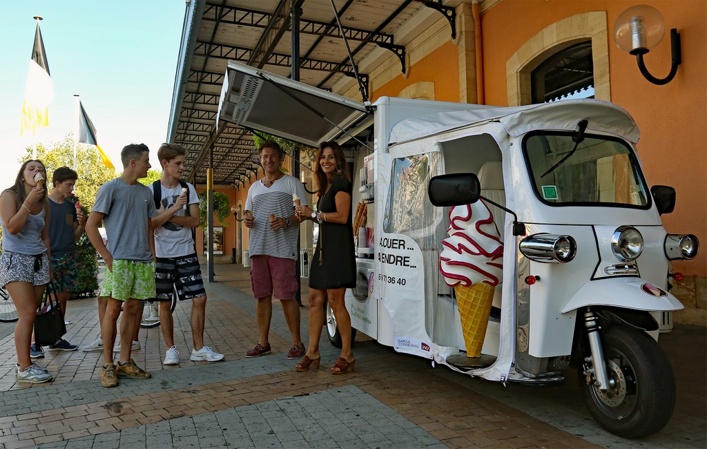chrisblog un tuk tuk autonome et durable pour vendre des glaces l 39 italienne partout. Black Bedroom Furniture Sets. Home Design Ideas