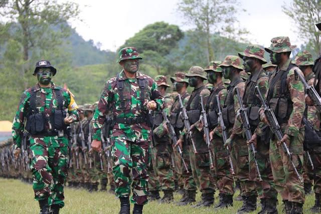 Pangdivif 1 Kostrad Tutup Latihan Pertempuran Hutan Divif 1 Kostrad