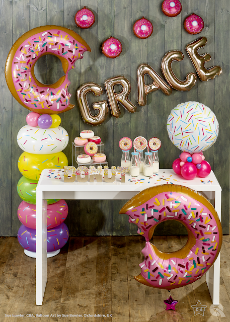 Donut Display by Sue Bowler CBA - The Very Best Balloon Blog