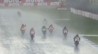 MotoGP Assen Belanda 2016 Dihentikan Sementara