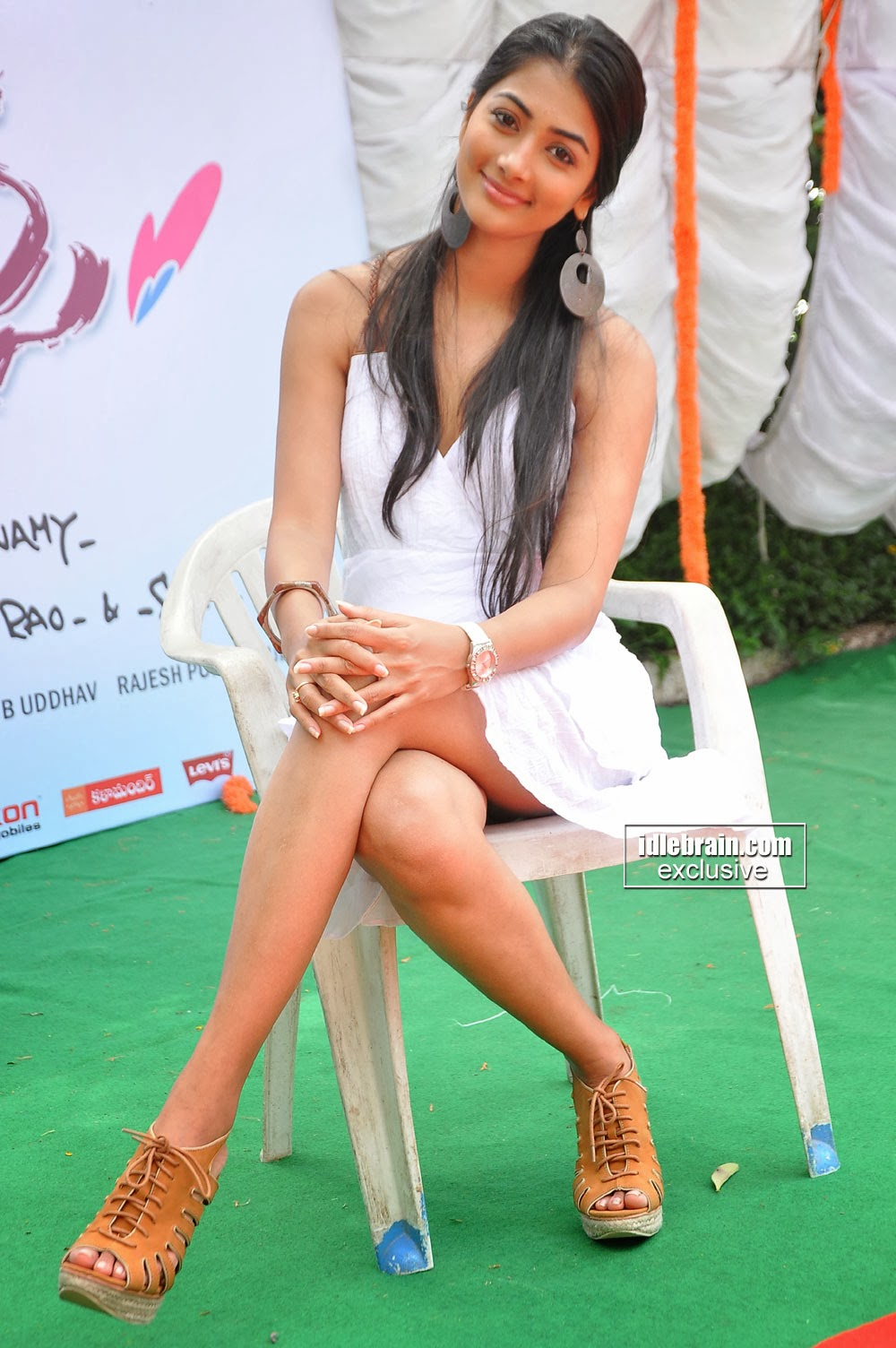 Cute  Sexy New Tamil Actress Pooja Hegde Photo Gallery -3118