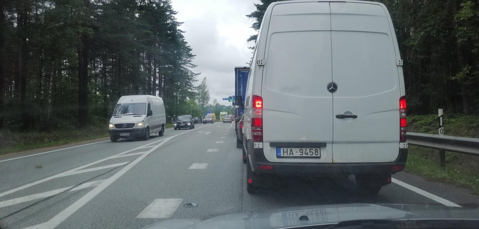 Avārija uz Rīgas apvedceļa A4