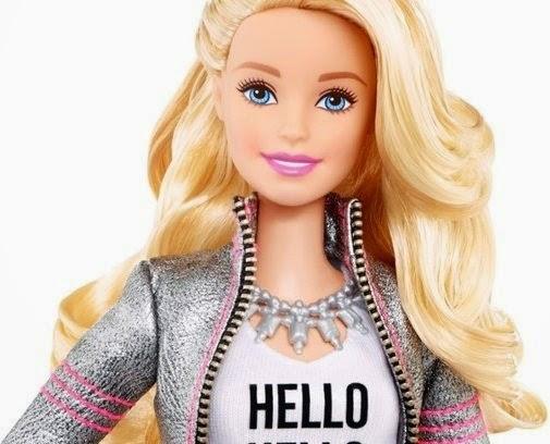 Hello Barbie é versão da boneca capaz de conversar com as crianças e de se conectar a internet pela rede Wi-Fi
