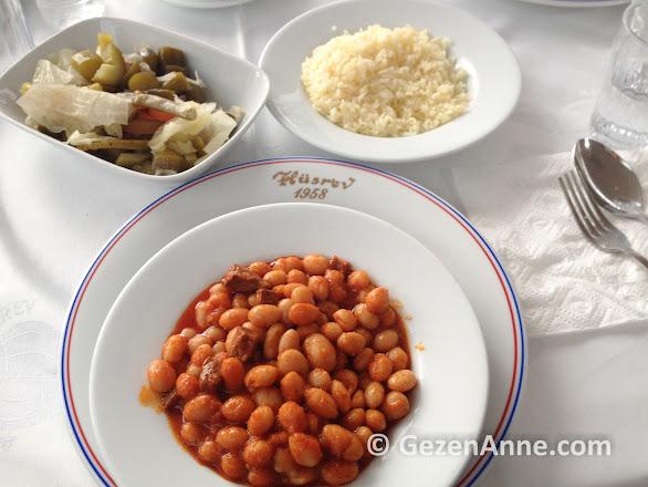 Hüsrev'in lezziz kuru fasulyesi ve pilavı, Çayeli Rize