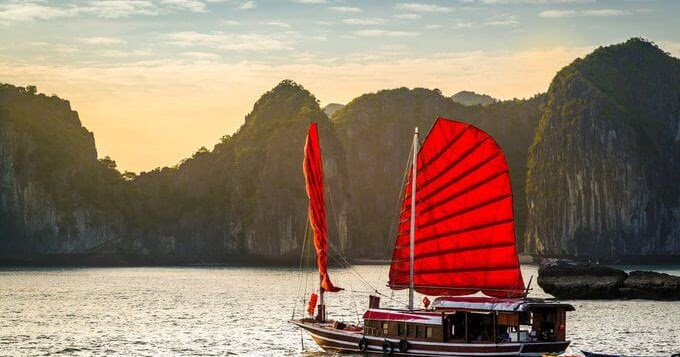 7 Worthy - Experiencing Things in Vietnam Recommended by an American Newspaper