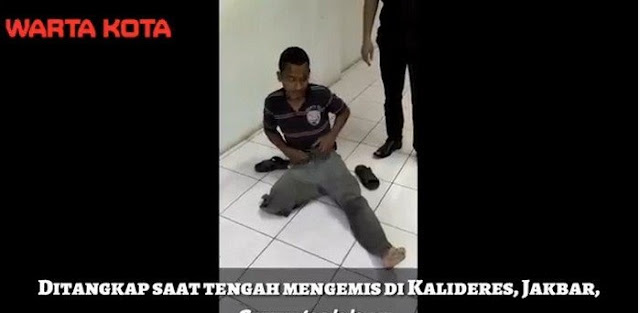 Ketahuan Pura-Pura Mengemis Dengan Kaki Buntung, Pemuda Gagah Ini Terus Minta Ampun Pada Petugas