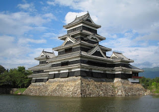 Matsumoto castle japan picture