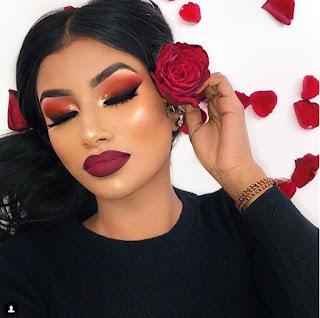 Tendencias de maquillaje para chicas en Instagram labios rojo mate borgoña delineado pasión