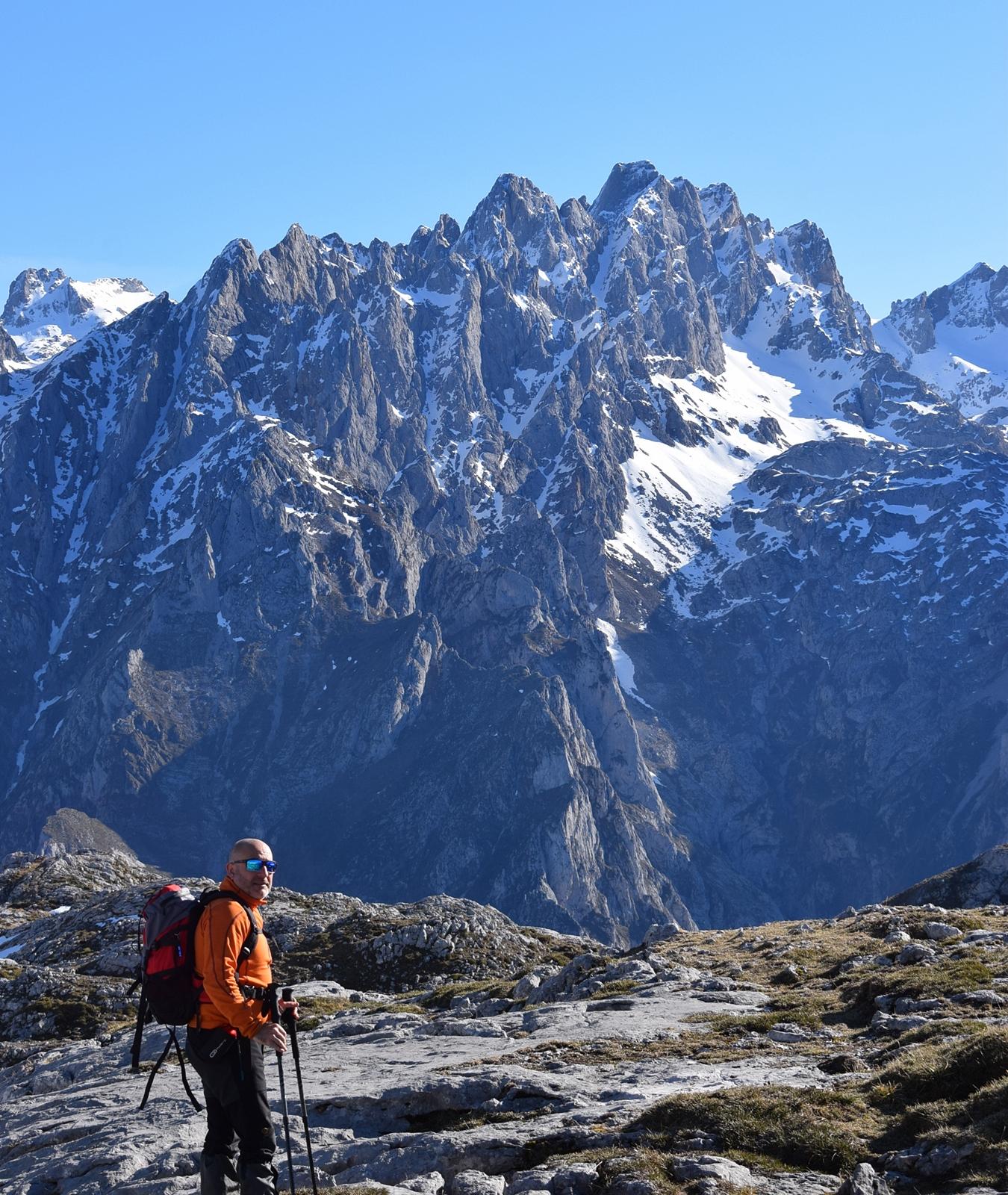 vistas al macizo central de los picos de europa